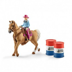 Barrel racing avec une cowgirl